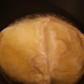 чебуреки в масле на сковородке